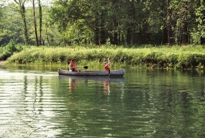 Motion i ferien? Hvad med at leje en kano?